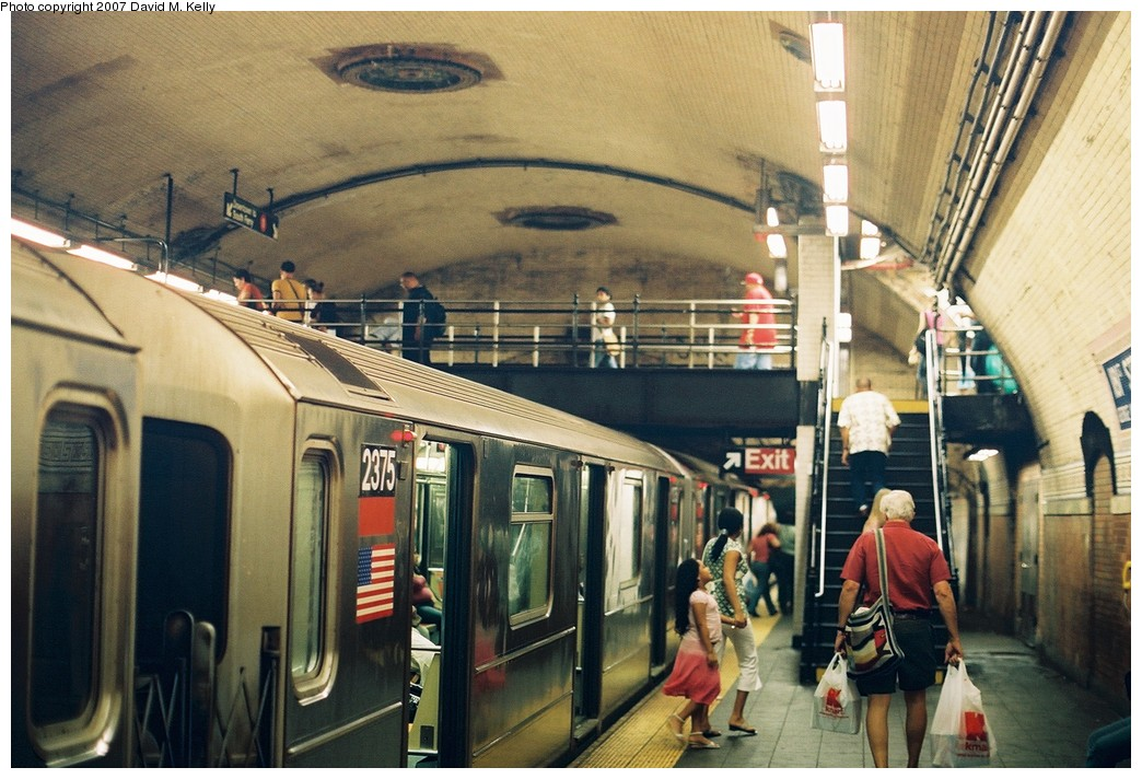 (209k, 1044x712)<br><b>Country:</b> United States<br><b>City:</b> New York<br><b>System:</b> New York City Transit<br><b>Line:</b> IRT West Side Line<br><b>Location:</b> 181st Street <br><b>Route:</b> 1<br><b>Car:</b> R-62A (Bombardier, 1984-1987)  2375 <br><b>Photo by:</b> David M. Kelly<br><b>Date:</b> 2007<br><b>Viewed (this week/total):</b> 0 / 3106
