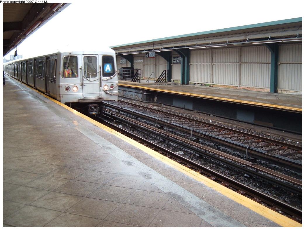 (262k, 1044x788)<br><b>Country:</b> United States<br><b>City:</b> New York<br><b>System:</b> New York City Transit<br><b>Line:</b> IND Rockaway<br><b>Location:</b> Beach 44th Street/Frank Avenue <br><b>Route:</b> A<br><b>Car:</b> R-44 (St. Louis, 1971-73)  <br><b>Photo by:</b> Chris M.<br><b>Date:</b> 11/6/2007<br><b>Viewed (this week/total):</b> 0 / 1307