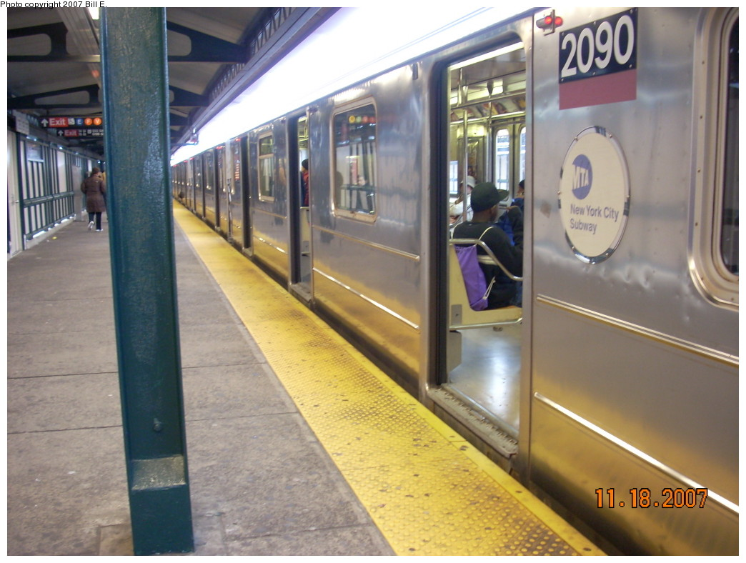 (230k, 1044x788)<br><b>Country:</b> United States<br><b>City:</b> New York<br><b>System:</b> New York City Transit<br><b>Line:</b> IRT Flushing Line<br><b>Location:</b> 74th Street/Broadway <br><b>Route:</b> 7<br><b>Car:</b> R-62A (Bombardier, 1984-1987)  2090 <br><b>Photo by:</b> Bill E.<br><b>Date:</b> 11/18/2007<br><b>Viewed (this week/total):</b> 0 / 1659
