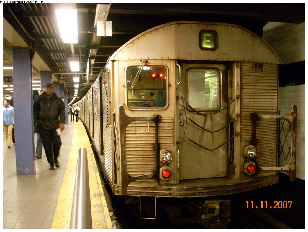 (269k, 1044x788)<br><b>Country:</b> United States<br><b>City:</b> New York<br><b>System:</b> New York City Transit<br><b>Line:</b> IND 8th Avenue Line<br><b>Location:</b> Chambers Street/World Trade Center <br><b>Route:</b> E<br><b>Car:</b> R-32 (Budd, 1964)  3751 <br><b>Photo by:</b> Bill E.<br><b>Date:</b> 11/11/2007<br><b>Viewed (this week/total):</b> 1 / 2068