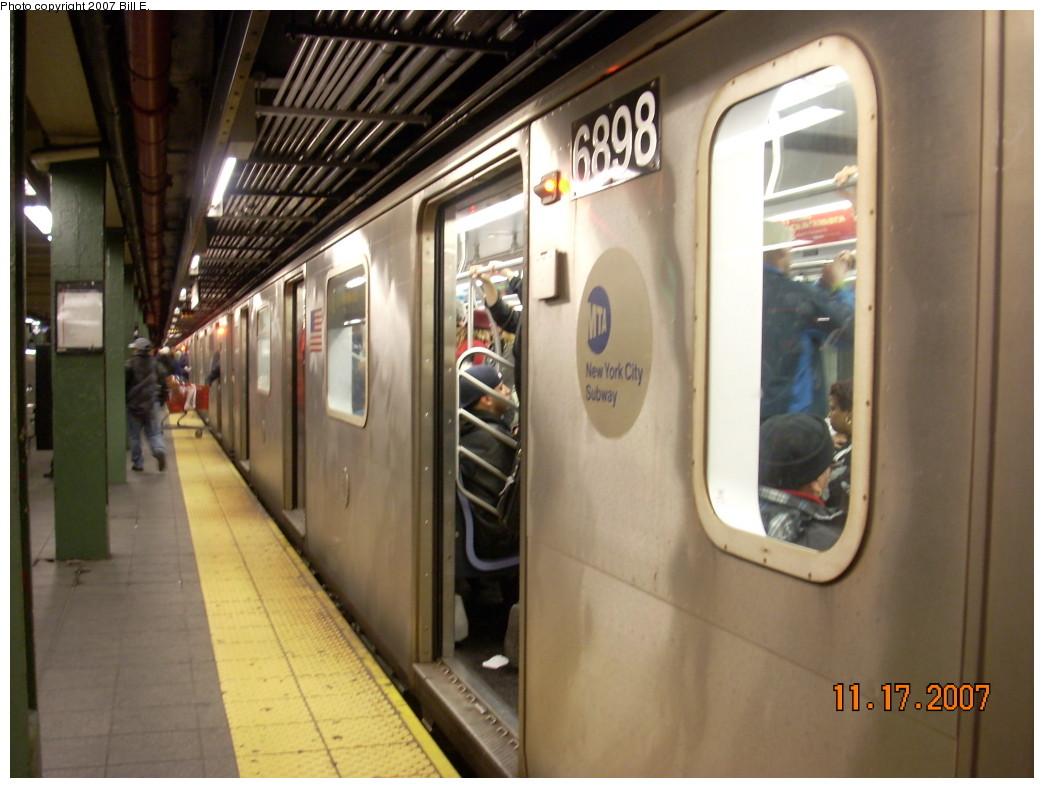 (214k, 1044x788)<br><b>Country:</b> United States<br><b>City:</b> New York<br><b>System:</b> New York City Transit<br><b>Line:</b> IRT West Side Line<br><b>Location:</b> Times Square/42nd Street <br><b>Route:</b> 2<br><b>Car:</b> R-142 (Primary Order, Bombardier, 1999-2002)  6898 <br><b>Photo by:</b> Bill E.<br><b>Date:</b> 11/17/2007<br><b>Viewed (this week/total):</b> 1 / 3030