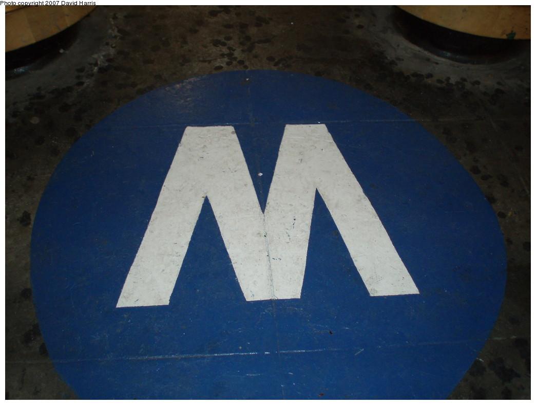 (164k, 1044x788)<br><b>Country:</b> United States<br><b>City:</b> New York<br><b>System:</b> New York City Transit<br><b>Line:</b> IRT East Side Line<br><b>Location:</b> 68th Street <br><b>Photo by:</b> David Harris<br><b>Date:</b> 11/16/2007<br><b>Notes:</b> Old MTA Logo in mezzanine.<br><b>Viewed (this week/total):</b> 3 / 2057