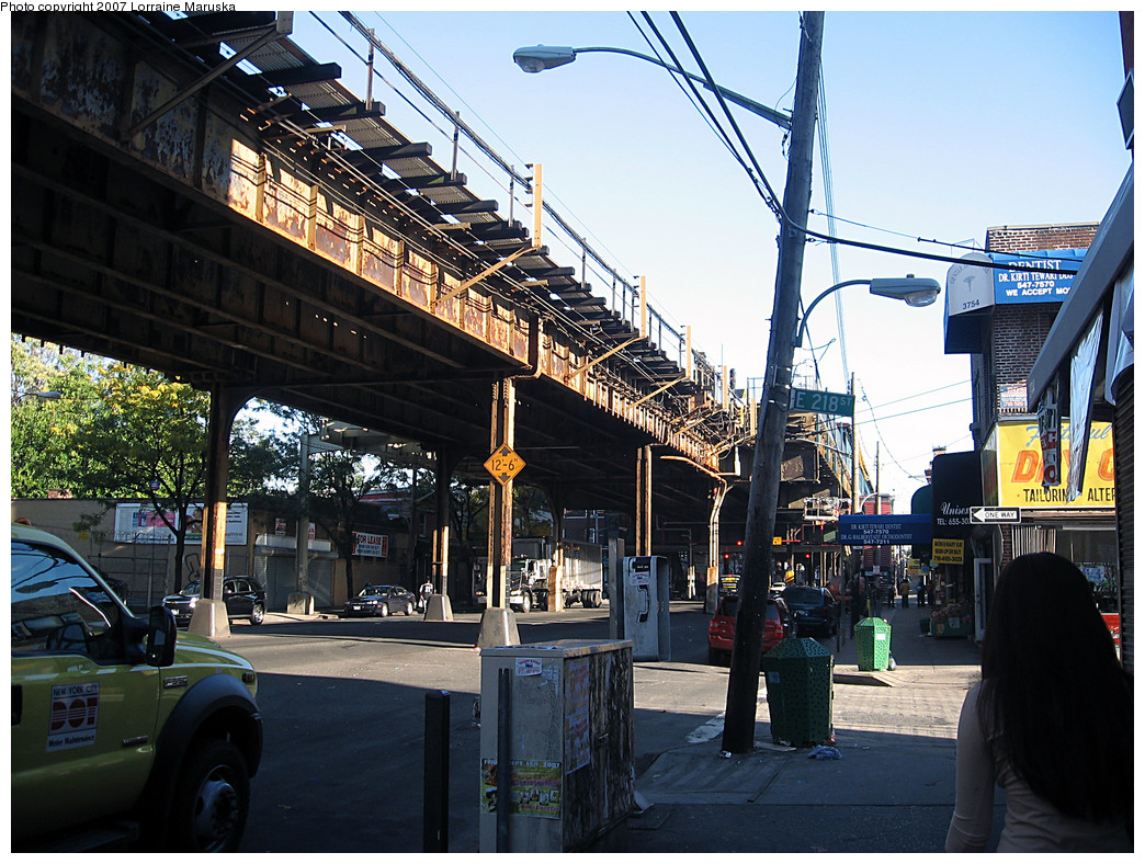 (350k, 1044x788)<br><b>Country:</b> United States<br><b>City:</b> New York<br><b>System:</b> New York City Transit<br><b>Line:</b> IRT White Plains Road Line<br><b>Location:</b> 219th Street <br><b>Photo by:</b> Lorraine Maruska<br><b>Date:</b> 10/21/2007<br><b>Notes:</b> View under el at 218th St. near 219th St. station.<br><b>Viewed (this week/total):</b> 0 / 2206
