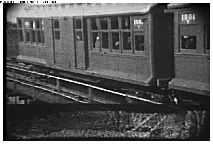(82k, 740x500)<br><b>Country:</b> United States<br><b>City:</b> New York<br><b>System:</b> New York City Transit<br><b>Line:</b> BMT Canarsie Line<br><b>Location:</b> Atlantic Avenue <br><b>Car:</b> BMT C 1501 <br><b>Collection of:</b> Herbert P. Maruska<br><b>Viewed (this week/total):</b> 3 / 2013