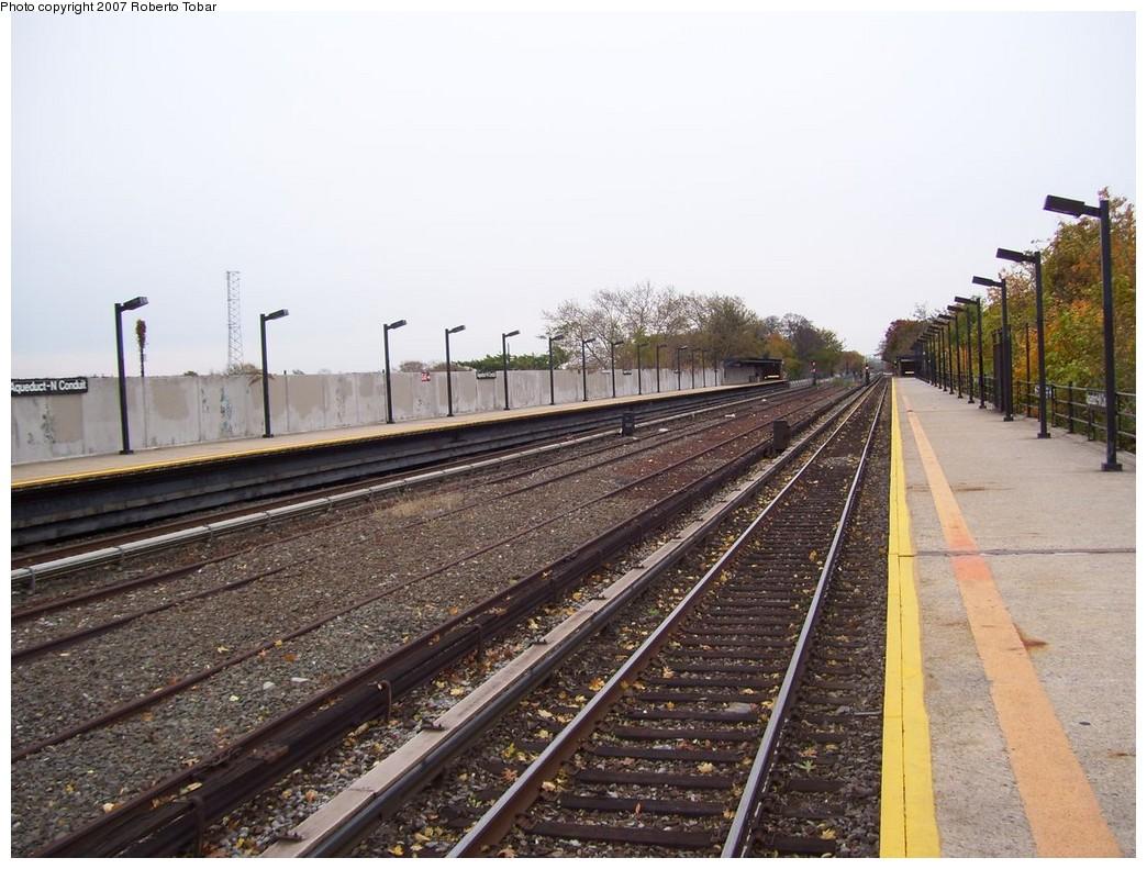 (230k, 1044x791)<br><b>Country:</b> United States<br><b>City:</b> New York<br><b>System:</b> New York City Transit<br><b>Line:</b> IND Rockaway<br><b>Location:</b> Aqueduct/North Conduit Avenue <br><b>Photo by:</b> Roberto C. Tobar<br><b>Date:</b> 11/17/2007<br><b>Viewed (this week/total):</b> 0 / 1504