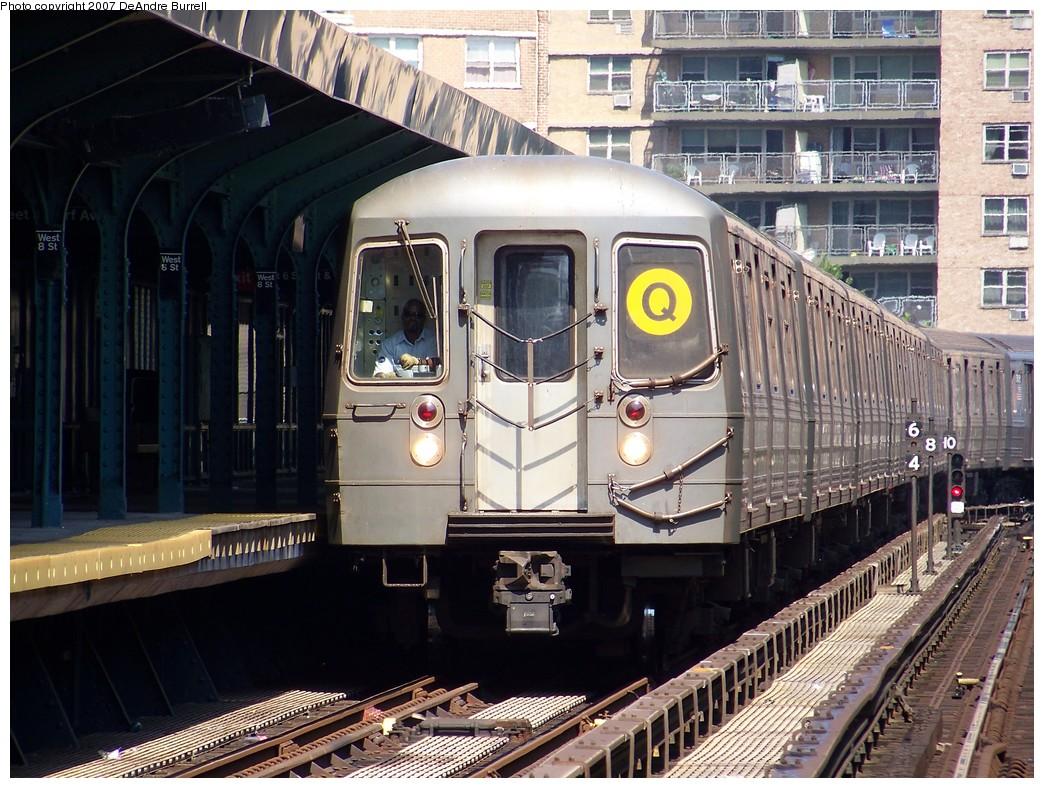 (268k, 1044x788)<br><b>Country:</b> United States<br><b>City:</b> New York<br><b>System:</b> New York City Transit<br><b>Line:</b> BMT Brighton Line<br><b>Location:</b> West 8th Street <br><b>Route:</b> Q<br><b>Car:</b> R-68A (Kawasaki, 1988-1989)  5070 <br><b>Photo by:</b> DeAndre Burrell<br><b>Date:</b> 8/9/2007<br><b>Viewed (this week/total):</b> 0 / 1587