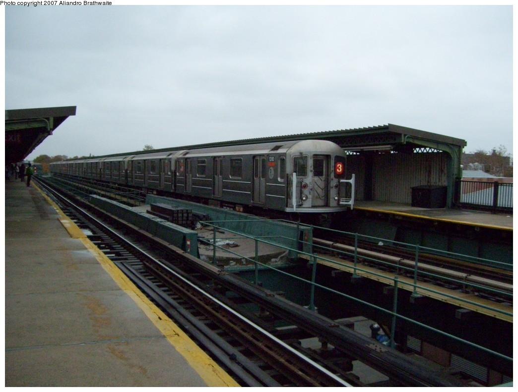 (202k, 1044x791)<br><b>Country:</b> United States<br><b>City:</b> New York<br><b>System:</b> New York City Transit<br><b>Line:</b> IRT Brooklyn Line<br><b>Location:</b> Van Siclen Avenue <br><b>Route:</b> 3<br><b>Car:</b> R-62 (Kawasaki, 1983-1985)  1310 <br><b>Photo by:</b> Aliandro Brathwaite<br><b>Date:</b> 11/20/2007<br><b>Viewed (this week/total):</b> 0 / 2407