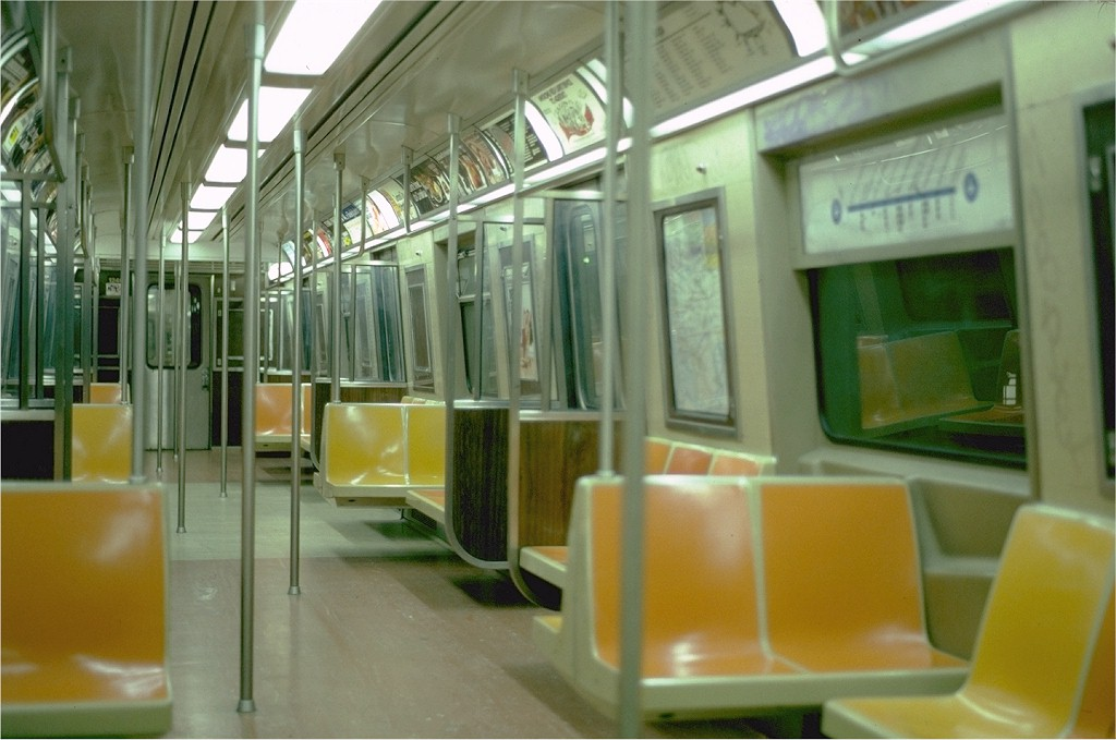 (156k, 1024x679)<br><b>Country:</b> United States<br><b>City:</b> New York<br><b>System:</b> New York City Transit<br><b>Route:</b> JFK<br><b>Car:</b> R-46 (Pullman-Standard, 1974-75) 1246 <br><b>Photo by:</b> Steve Zabel<br><b>Collection of:</b> Joe Testagrose<br><b>Date:</b> 4/29/1982<br><b>Notes:</b> Note rollsign strip map of the JFK express.<br><b>Viewed (this week/total):</b> 4 / 4000