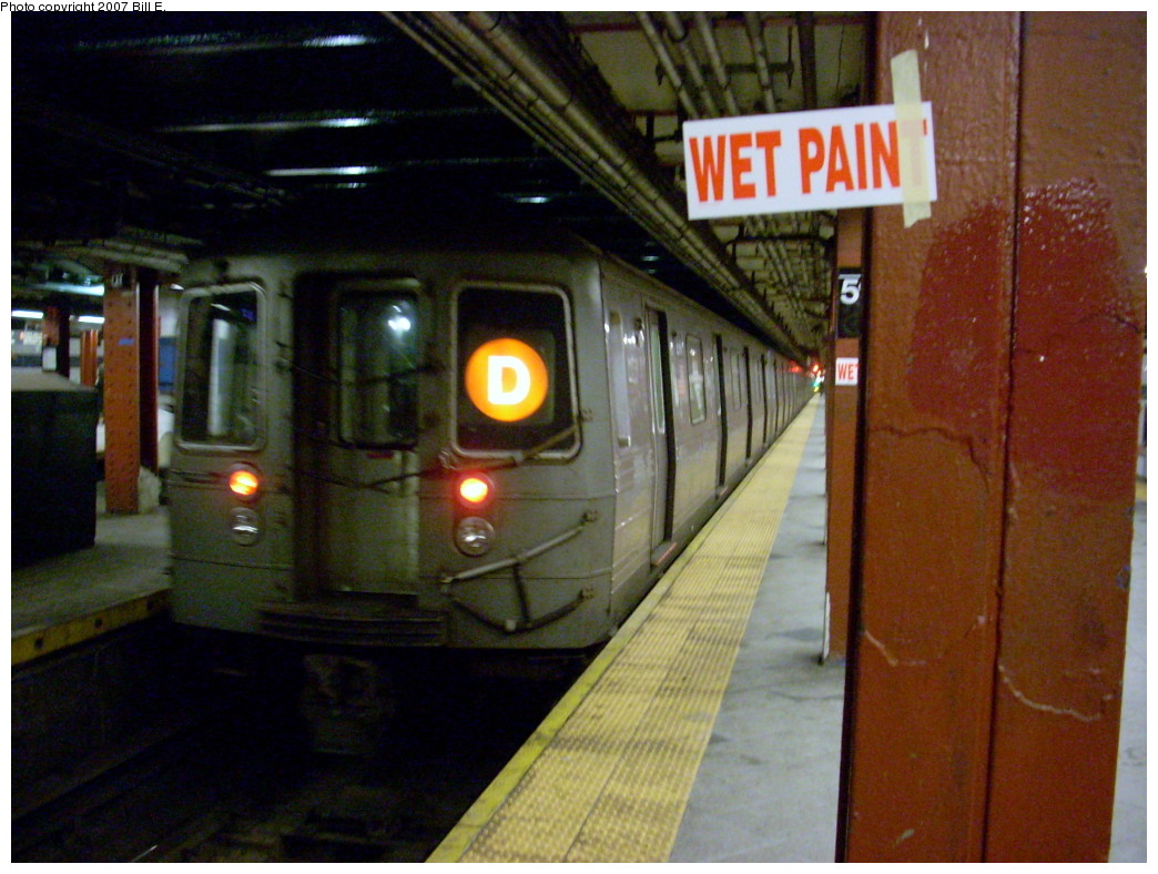 (248k, 1044x788)<br><b>Country:</b> United States<br><b>City:</b> New York<br><b>System:</b> New York City Transit<br><b>Line:</b> IND 8th Avenue Line<br><b>Location:</b> 59th Street/Columbus Circle <br><b>Photo by:</b> Bill E.<br><b>Date:</b> 11/24/2007<br><b>Notes:</b> Undergoing renovation.<br><b>Viewed (this week/total):</b> 0 / 2038