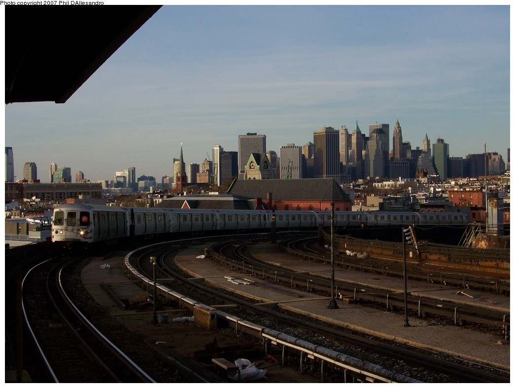 (192k, 1044x788)<br><b>Country:</b> United States<br><b>City:</b> New York<br><b>System:</b> New York City Transit<br><b>Line:</b> IND Crosstown Line<br><b>Location:</b> Smith/9th Street <br><b>Route:</b> F<br><b>Car:</b> R-46 (Pullman-Standard, 1974-75) 6002 <br><b>Photo by:</b> Philip D'Allesandro<br><b>Date:</b> 12/1/2007<br><b>Viewed (this week/total):</b> 3 / 2436