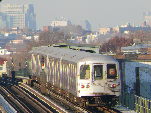 (190k, 640x480)<br><b>Country:</b> United States<br><b>City:</b> New York<br><b>System:</b> New York City Transit<br><b>Line:</b> BMT Culver Line<br><b>Location:</b> Avenue I <br><b>Route:</b> F<br><b>Car:</b> R-46 (Pullman-Standard, 1974-75)  <br><b>Photo by:</b> John Urbanski<br><b>Date:</b> 11/29/2007<br><b>Viewed (this week/total):</b> 0 / 2007