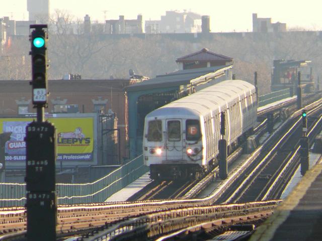 (185k, 640x480)<br><b>Country:</b> United States<br><b>City:</b> New York<br><b>System:</b> New York City Transit<br><b>Line:</b> BMT Culver Line<br><b>Location:</b> Avenue N <br><b>Route:</b> F<br><b>Car:</b> R-46 (Pullman-Standard, 1974-75)  <br><b>Photo by:</b> John Urbanski<br><b>Date:</b> 11/29/2007<br><b>Viewed (this week/total):</b> 1 / 2543