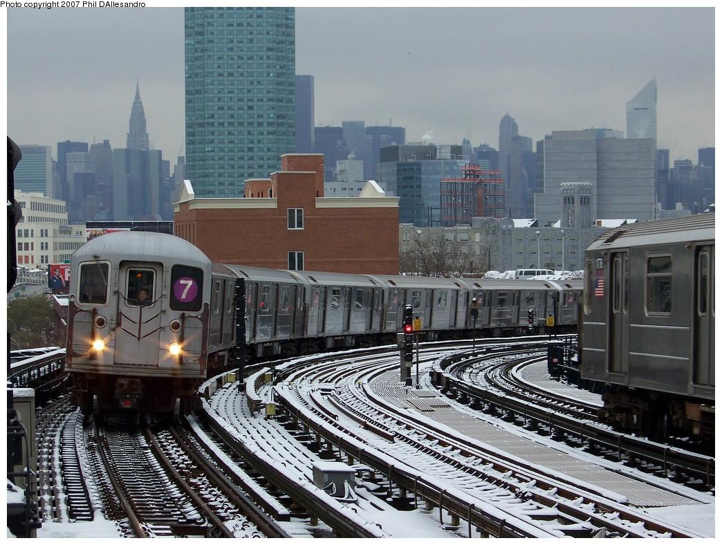 (274k, 1044x788)<br><b>Country:</b> United States<br><b>City:</b> New York<br><b>System:</b> New York City Transit<br><b>Line:</b> IRT Flushing Line<br><b>Location:</b> 33rd Street/Rawson Street <br><b>Route:</b> 7<br><b>Car:</b> R-62A (Bombardier, 1984-1987)  2008 <br><b>Photo by:</b> Philip D'Allesandro<br><b>Date:</b> 12/2/2007<br><b>Viewed (this week/total):</b> 0 / 2189