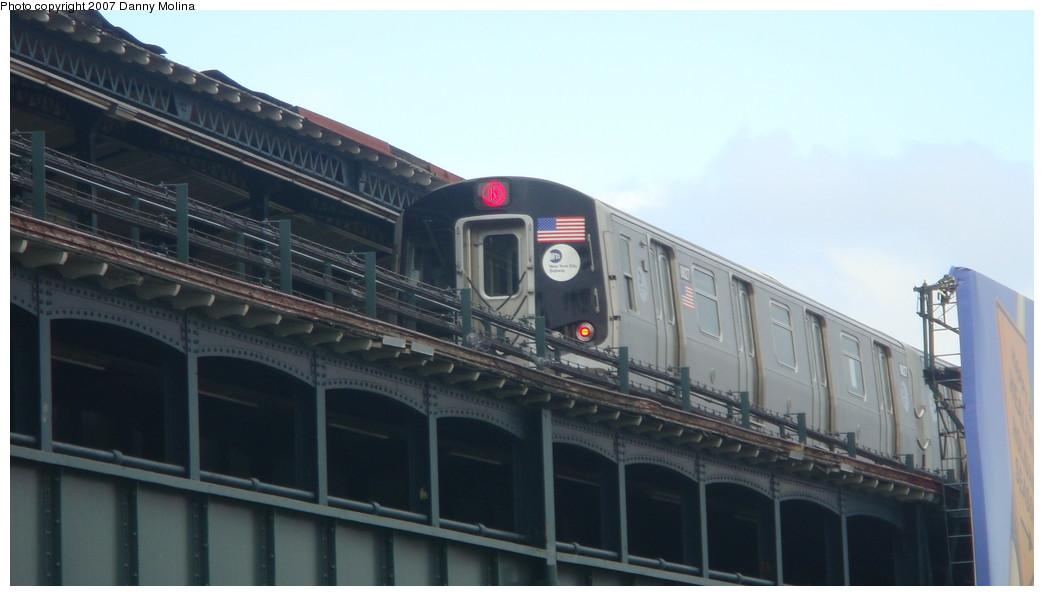 (137k, 1044x596)<br><b>Country:</b> United States<br><b>City:</b> New York<br><b>System:</b> New York City Transit<br><b>Line:</b> BMT Astoria Line<br><b>Location:</b> Astoria Boulevard/Hoyt Avenue <br><b>Route:</b> N<br><b>Car:</b> R-160B (Kawasaki, 2005-2008)  8827 <br><b>Photo by:</b> Danny Molina<br><b>Date:</b> 11/11/2007<br><b>Viewed (this week/total):</b> 0 / 2935