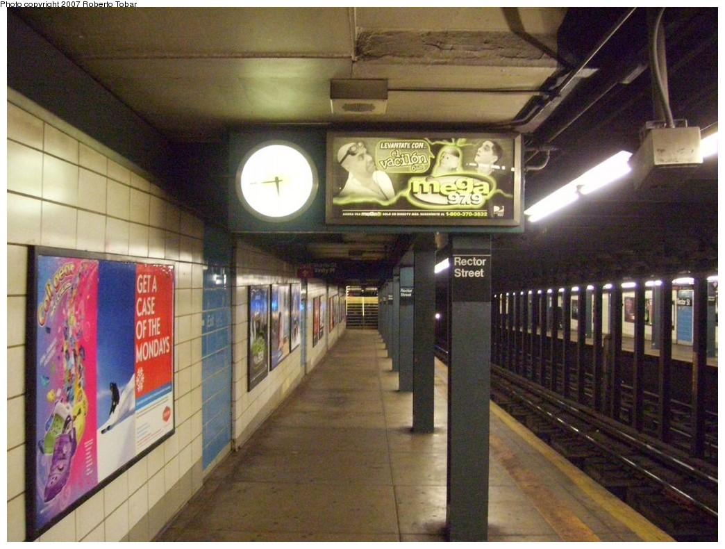 (221k, 1044x790)<br><b>Country:</b> United States<br><b>City:</b> New York<br><b>System:</b> New York City Transit<br><b>Line:</b> BMT Broadway Line<br><b>Location:</b> Rector Street <br><b>Photo by:</b> Roberto C. Tobar<br><b>Date:</b> 12/8/2007<br><b>Viewed (this week/total):</b> 0 / 1823