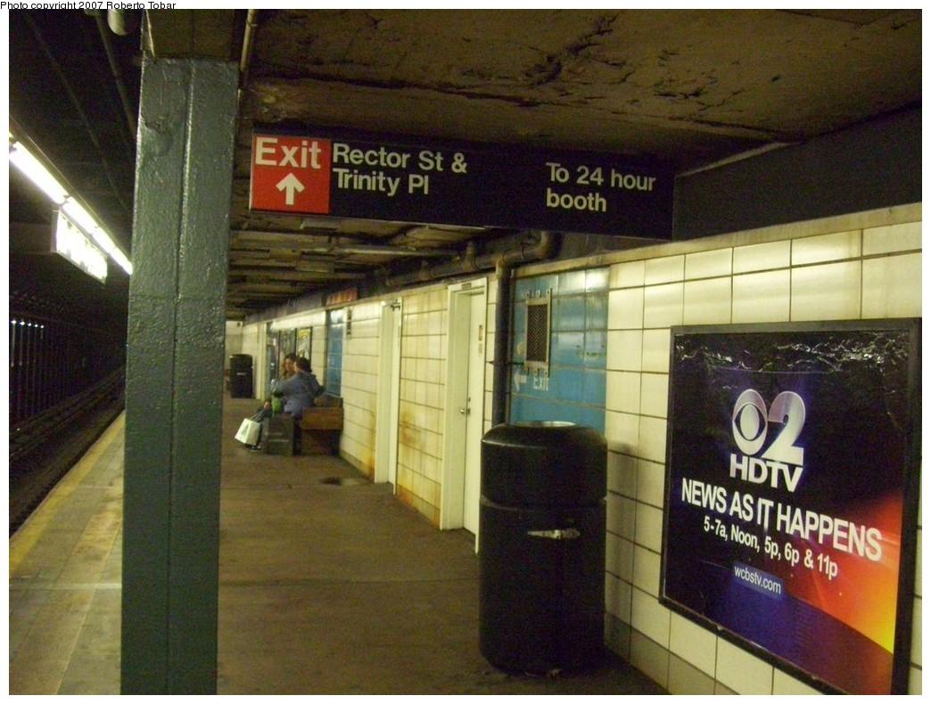 (219k, 1044x790)<br><b>Country:</b> United States<br><b>City:</b> New York<br><b>System:</b> New York City Transit<br><b>Line:</b> BMT Broadway Line<br><b>Location:</b> Rector Street <br><b>Photo by:</b> Roberto C. Tobar<br><b>Date:</b> 12/8/2007<br><b>Viewed (this week/total):</b> 0 / 1748