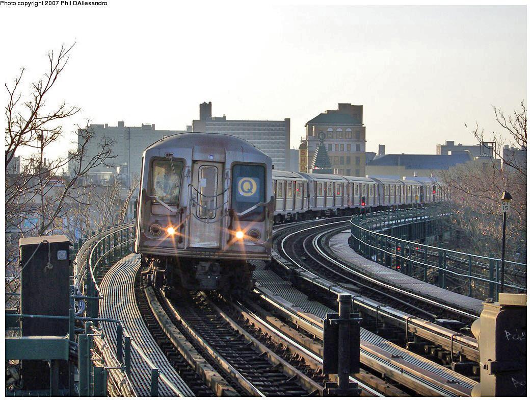 (351k, 1044x788)<br><b>Country:</b> United States<br><b>City:</b> New York<br><b>System:</b> New York City Transit<br><b>Line:</b> BMT Brighton Line<br><b>Location:</b> West 8th Street <br><b>Route:</b> Q<br><b>Car:</b> R-40 (St. Louis, 1968)  4210 <br><b>Photo by:</b> Philip D'Allesandro<br><b>Date:</b> 12/8/2007<br><b>Viewed (this week/total):</b> 0 / 2111