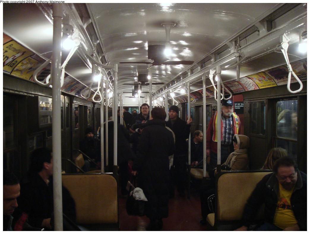 (188k, 1044x788)<br><b>Country:</b> United States<br><b>City:</b> New York<br><b>System:</b> New York City Transit<br><b>Route:</b> Museum Train Service (V)<br><b>Car:</b> R-1 (American Car & Foundry, 1930-1931) 381 <br><b>Photo by:</b> Anthony Maimone<br><b>Date:</b> 12/9/2007<br><b>Notes:</b> Train in regular Nostalgia Train service, not technically a fan trip.<br><b>Viewed (this week/total):</b> 0 / 1502