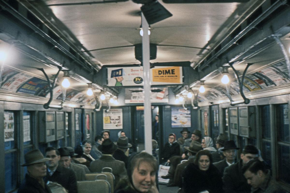 (320k, 1024x683)<br><b>Country:</b> United States<br><b>City:</b> New York<br><b>System:</b> New York City Transit<br><b>Car:</b> BMT D-Type Triplex Interior <br><b>Photo by:</b> Ed Davis, Sr.<br><b>Collection of:</b> David Pirmann<br><b>Date:</b> 1/1961<br><b>Viewed (this week/total):</b> 4 / 3408