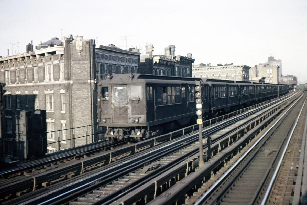 (353k, 1024x682)<br><b>Country:</b> United States<br><b>City:</b> New York<br><b>System:</b> New York City Transit<br><b>Line:</b> IRT White Plains Road Line<br><b>Location:</b> Intervale Avenue <br><b>Car:</b> Low-V  <br><b>Photo by:</b> Ed Davis, Sr.<br><b>Collection of:</b> David Pirmann<br><b>Date:</b> 11/1962<br><b>Viewed (this week/total):</b> 7 / 2111