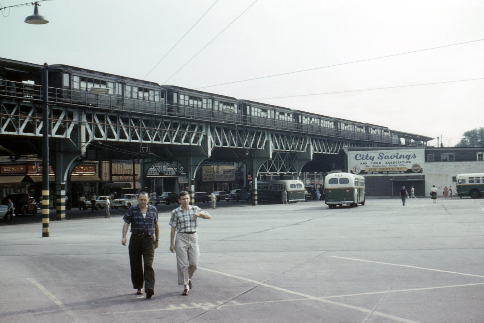(351k, 1044x704)<br><b>Country:</b> United States<br><b>City:</b> Philadelphia, PA<br><b>System:</b> SEPTA (or Predecessor)<br><b>Line:</b> Market-Frankford El<br><b>Car:</b> PTC/SEPTA M-1 (Pressed Steel/Brill, 1906-1913)   <br><b>Photo by:</b> Ed Davis, Sr.<br><b>Collection of:</b> David Pirmann<br><b>Date:</b> 8/1959<br><b>Viewed (this week/total):</b> 0 / 3942
