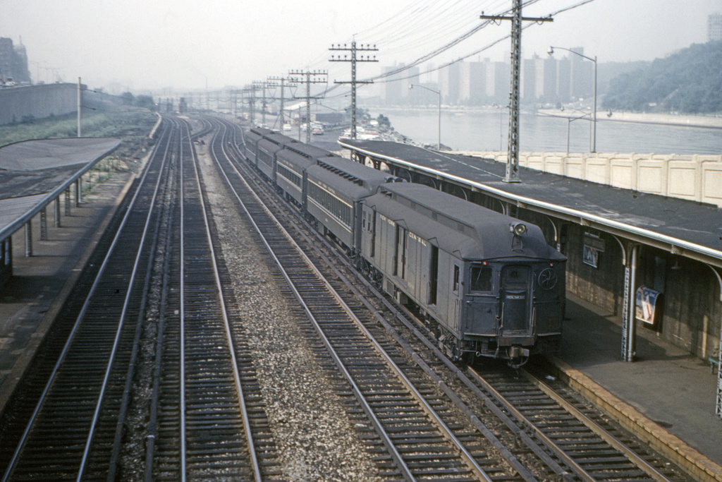 (363k, 1024x683)<br><b>Country:</b> United States<br><b>City:</b> New York<br><b>System:</b> Metro-North Railroad (or Amtrak or Predecessor RR)<br><b>Line:</b> Metro North-Hudson Line<br><b>Location:</b> High Bridge <br><b>Photo by:</b> Ed Davis, Sr.<br><b>Collection of:</b> David Pirmann<br><b>Date:</b> 6/1961<br><b>Viewed (this week/total):</b> 5 / 4734