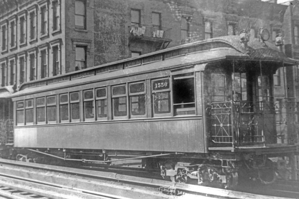 (280k, 1044x703)<br><b>Country:</b> United States<br><b>City:</b> New York<br><b>System:</b> New York City Transit<br><b>Car:</b> Manhattan El 1556 <br><b>Collection of:</b> David Pirmann<br><b>Viewed (this week/total):</b> 0 / 1872