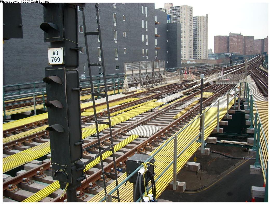 (349k, 1044x788)<br><b>Country:</b> United States<br><b>City:</b> New York<br><b>System:</b> New York City Transit<br><b>Line:</b> BMT Brighton Line<br><b>Location:</b> Ocean Parkway <br><b>Photo by:</b> Zach Summer<br><b>Date:</b> 12/9/2007<br><b>Notes:</b> Station/track reconstruction.<br><b>Viewed (this week/total):</b> 0 / 1581