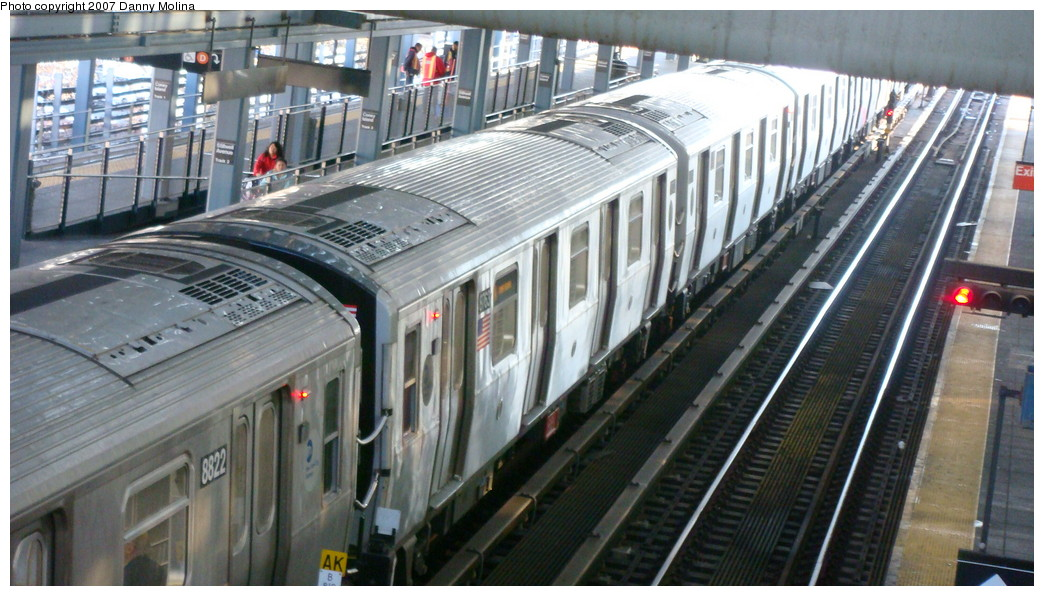 (217k, 1044x596)<br><b>Country:</b> United States<br><b>City:</b> New York<br><b>System:</b> New York City Transit<br><b>Location:</b> Coney Island/Stillwell Avenue<br><b>Route:</b> N<br><b>Car:</b> R-160B (Kawasaki, 2005-2008)  8763 <br><b>Photo by:</b> Danny Molina<br><b>Date:</b> 11/28/2007<br><b>Viewed (this week/total):</b> 0 / 2036