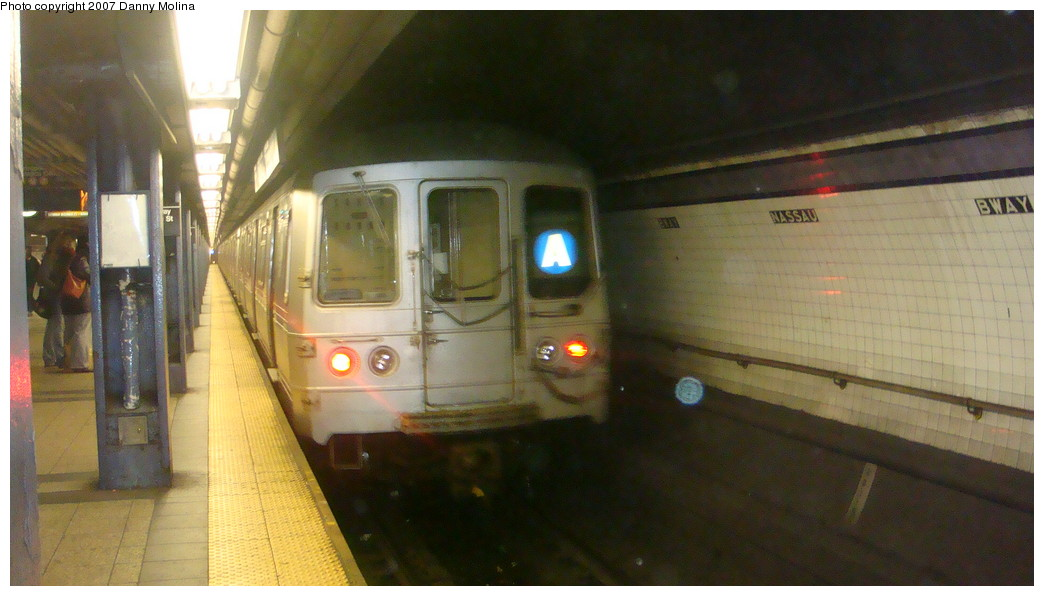 (168k, 1044x596)<br><b>Country:</b> United States<br><b>City:</b> New York<br><b>System:</b> New York City Transit<br><b>Line:</b> IND 8th Avenue Line<br><b>Location:</b> Fulton Street (Broadway/Nassau) <br><b>Route:</b> A<br><b>Car:</b> R-44 (St. Louis, 1971-73)  <br><b>Photo by:</b> Danny Molina<br><b>Date:</b> 11/28/2007<br><b>Viewed (this week/total):</b> 1 / 2835