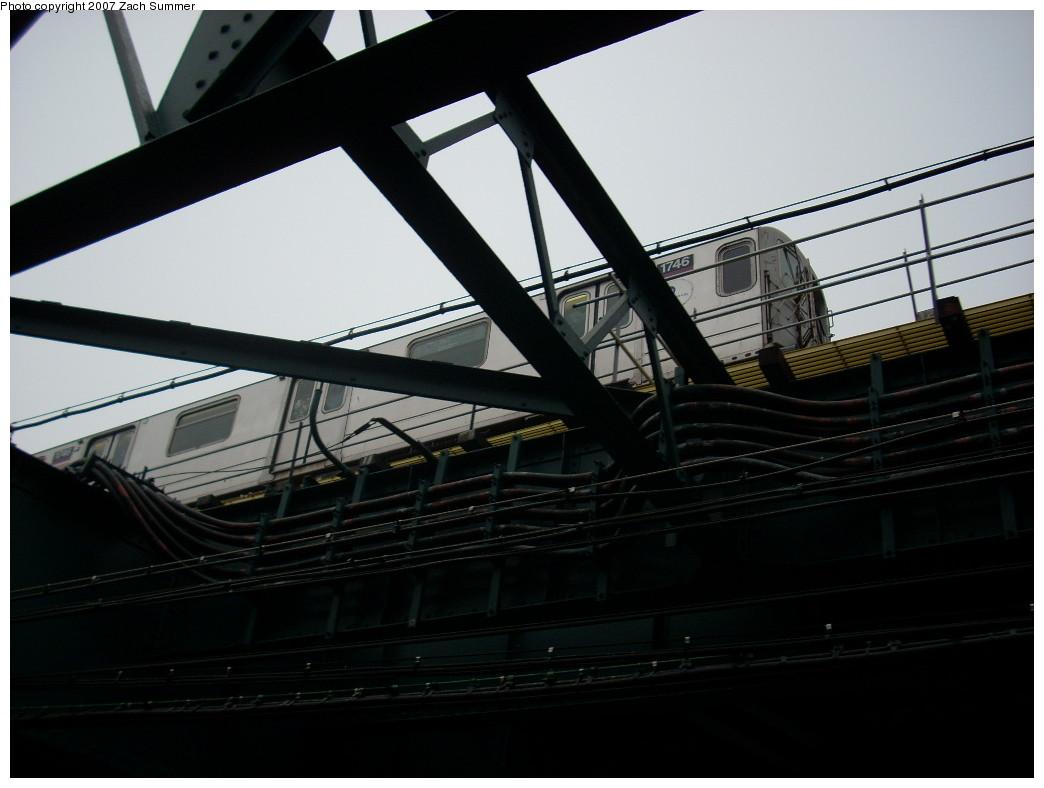 (183k, 1044x788)<br><b>Country:</b> United States<br><b>City:</b> New York<br><b>System:</b> New York City Transit<br><b>Route:</b> 7<br><b>Car:</b> R-62A (Bombardier, 1984-1987)  1746 <br><b>Photo by:</b> Zach Summer<br><b>Date:</b> 12/10/2007<br><b>Notes:</b> El over Sunnyside yard.<br><b>Viewed (this week/total):</b> 0 / 1527