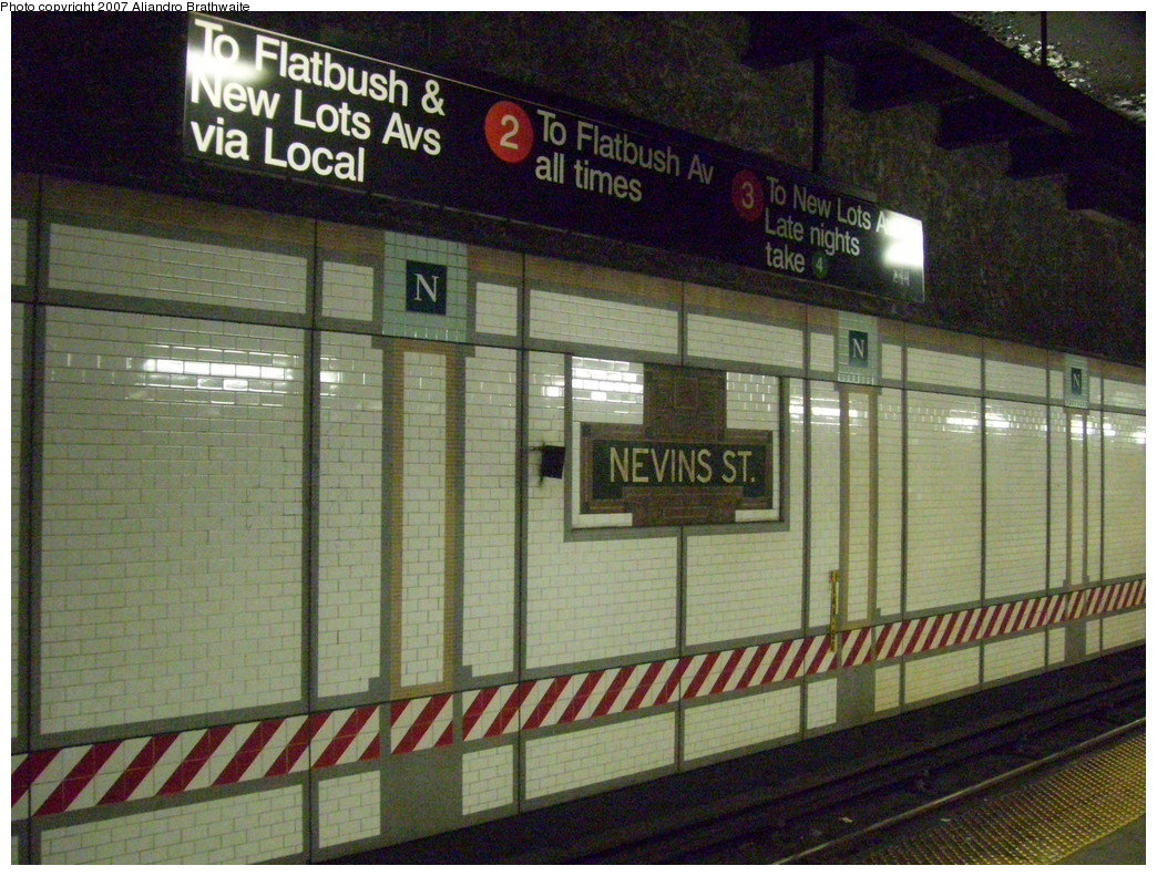 (277k, 1044x791)<br><b>Country:</b> United States<br><b>City:</b> New York<br><b>System:</b> New York City Transit<br><b>Line:</b> IRT Brooklyn Line<br><b>Location:</b> Nevins Street <br><b>Photo by:</b> Aliandro Brathwaite<br><b>Date:</b> 12/22/2007<br><b>Viewed (this week/total):</b> 0 / 4842