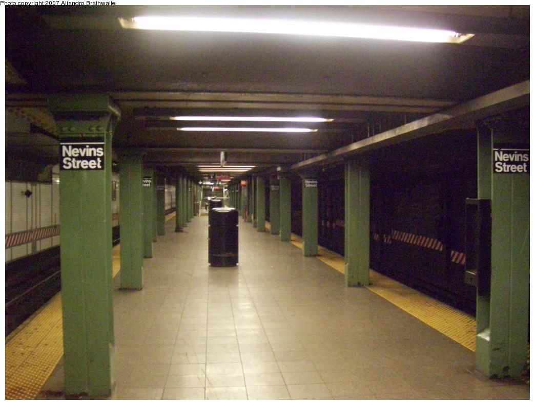 (240k, 1044x791)<br><b>Country:</b> United States<br><b>City:</b> New York<br><b>System:</b> New York City Transit<br><b>Line:</b> IRT Brooklyn Line<br><b>Location:</b> Nevins Street <br><b>Photo by:</b> Aliandro Brathwaite<br><b>Date:</b> 12/22/2007<br><b>Viewed (this week/total):</b> 1 / 3504