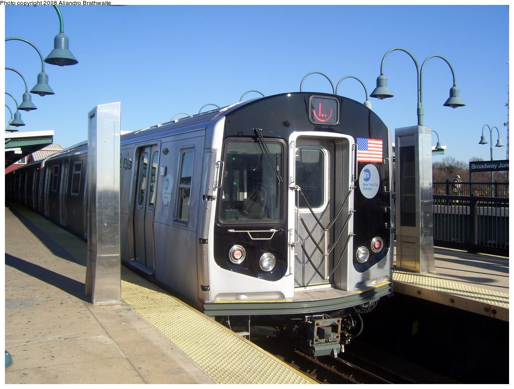 (224k, 1044x791)<br><b>Country:</b> United States<br><b>City:</b> New York<br><b>System:</b> New York City Transit<br><b>Line:</b> BMT Canarsie Line<br><b>Location:</b> Broadway Junction <br><b>Route:</b> L<br><b>Car:</b> R-160A-1 (Alstom, 2005-2008, 4 car sets)  8416 <br><b>Photo by:</b> Aliandro Brathwaite<br><b>Date:</b> 12/24/2007<br><b>Viewed (this week/total):</b> 2 / 1611