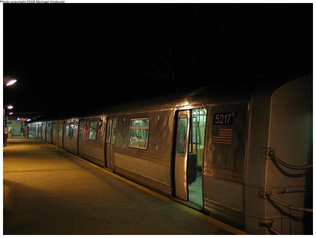 (129k, 1044x788)<br><b>Country:</b> United States<br><b>City:</b> New York<br><b>System:</b> New York City Transit<br><b>Line:</b> IND Rockaway<br><b>Location:</b> Mott Avenue/Far Rockaway <br><b>Route:</b> A<br><b>Car:</b> R-44 (St. Louis, 1971-73) 5217 <br><b>Photo by:</b> Michael Hodurski<br><b>Date:</b> 1/1/2008<br><b>Viewed (this week/total):</b> 1 / 1964