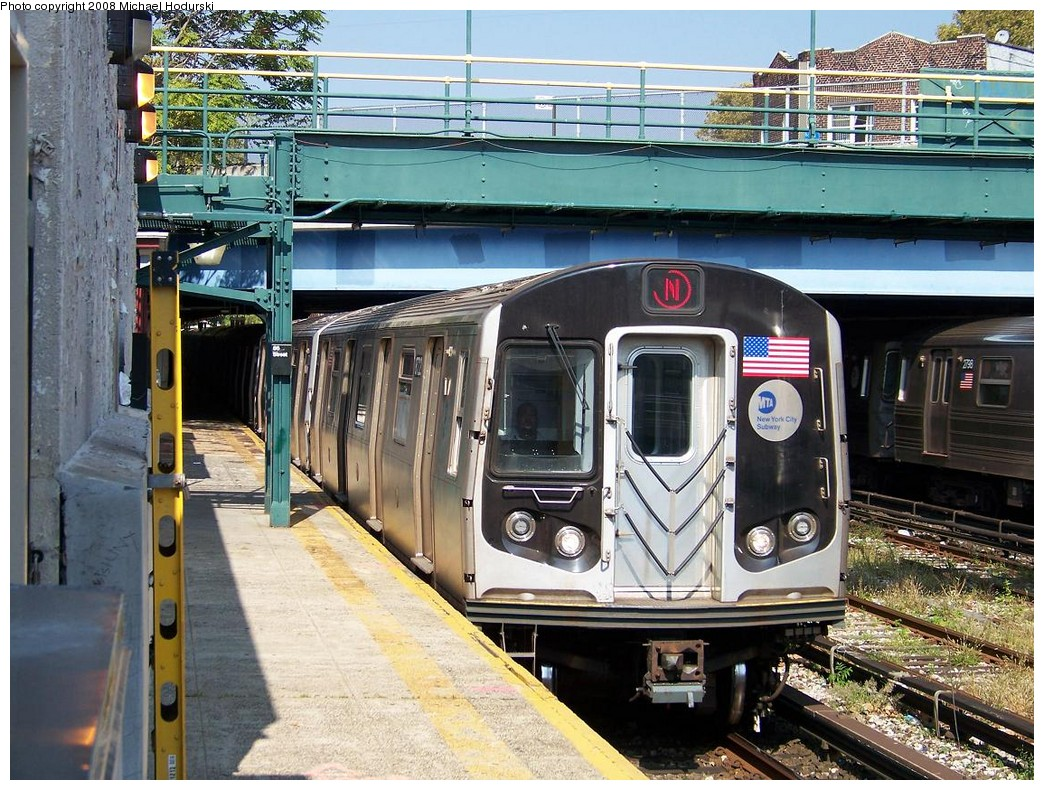 (289k, 1044x790)<br><b>Country:</b> United States<br><b>City:</b> New York<br><b>System:</b> New York City Transit<br><b>Line:</b> BMT Sea Beach Line<br><b>Location:</b> 86th Street <br><b>Route:</b> N<br><b>Car:</b> R-160B (Kawasaki, 2005-2008)  8722 <br><b>Photo by:</b> Michael Hodurski<br><b>Date:</b> 10/6/2007<br><b>Viewed (this week/total):</b> 1 / 1764