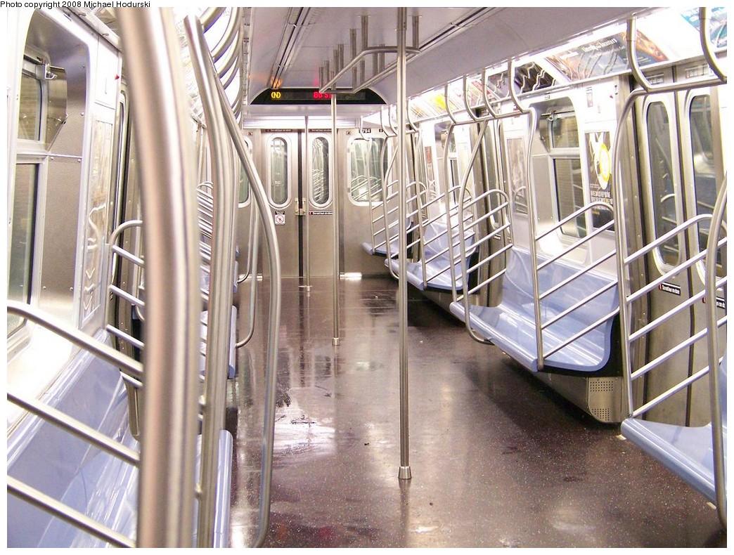 (264k, 1044x790)<br><b>Country:</b> United States<br><b>City:</b> New York<br><b>System:</b> New York City Transit<br><b>Route:</b> N<br><b>Car:</b> R-160B (Kawasaki, 2005-2008)  8784 <br><b>Photo by:</b> Michael Hodurski<br><b>Date:</b> 10/11/2007<br><b>Viewed (this week/total):</b> 3 / 1993