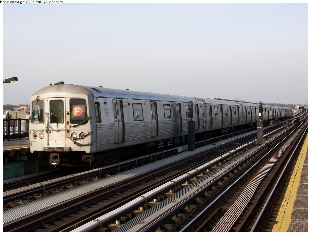 (201k, 1044x788)<br><b>Country:</b> United States<br><b>City:</b> New York<br><b>System:</b> New York City Transit<br><b>Line:</b> BMT Culver Line<br><b>Location:</b> Bay Parkway (22nd Avenue) <br><b>Route:</b> F<br><b>Car:</b> R-46 (Pullman-Standard, 1974-75) 6038 <br><b>Photo by:</b> Philip D'Allesandro<br><b>Date:</b> 12/28/2007<br><b>Viewed (this week/total):</b> 1 / 1473