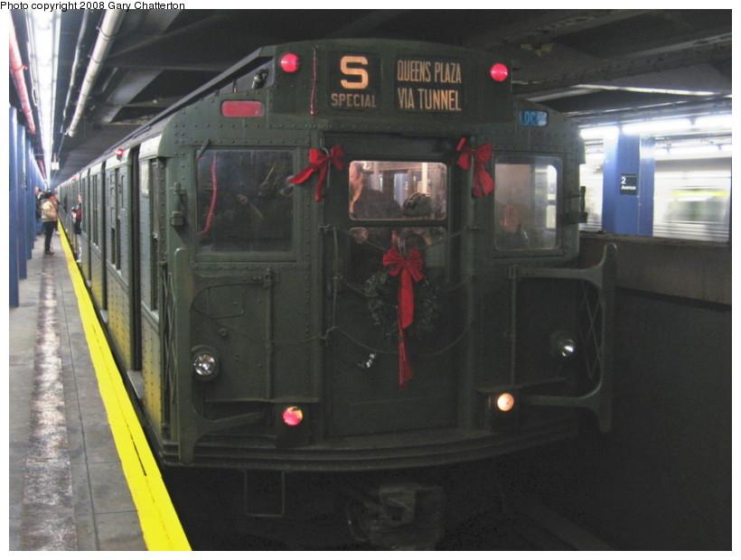 (112k, 820x620)<br><b>Country:</b> United States<br><b>City:</b> New York<br><b>System:</b> New York City Transit<br><b>Line:</b> IND 6th Avenue Line<br><b>Location:</b> 2nd Avenue <br><b>Route:</b> Museum Train Service (V)<br><b>Car:</b> R-9 (Pressed Steel, 1940)  1802 <br><b>Photo by:</b> Gary Chatterton<br><b>Date:</b> 12/23/2007<br><b>Notes:</b> Regular-service Nostalgia Train.<br><b>Viewed (this week/total):</b> 0 / 1461