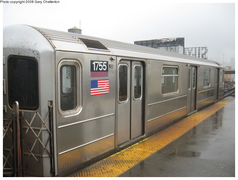 (111k, 820x620)<br><b>Country:</b> United States<br><b>City:</b> New York<br><b>System:</b> New York City Transit<br><b>Line:</b> IRT Flushing Line<br><b>Location:</b> Queensborough Plaza <br><b>Route:</b> 7<br><b>Car:</b> R-62A (Bombardier, 1984-1987)  1744 <br><b>Photo by:</b> Gary Chatterton<br><b>Date:</b> 12/27/2007<br><b>Viewed (this week/total):</b> 0 / 1235