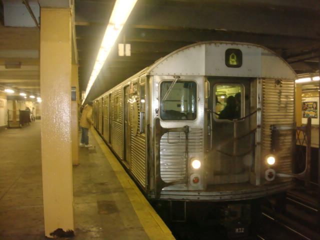 (83k, 640x480)<br><b>Country:</b> United States<br><b>City:</b> New York<br><b>System:</b> New York City Transit<br><b>Line:</b> IND Fulton Street Line<br><b>Location:</b> Nostrand Avenue <br><b>Route:</b> A<br><b>Car:</b> R-32 (Budd, 1964)  3644 <br><b>Photo by:</b> Danny Molina<br><b>Date:</b> 1/9/2008<br><b>Viewed (this week/total):</b> 2 / 2376