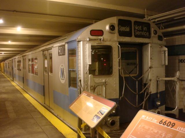 (109k, 640x480)<br><b>Country:</b> United States<br><b>City:</b> New York<br><b>System:</b> New York City Transit<br><b>Location:</b> New York Transit Museum<br><b>Car:</b> R-33 Main Line (St. Louis, 1962-63) 9011 <br><b>Photo by:</b> Danny Molina<br><b>Date:</b> 1/9/2008<br><b>Viewed (this week/total):</b> 1 / 3824