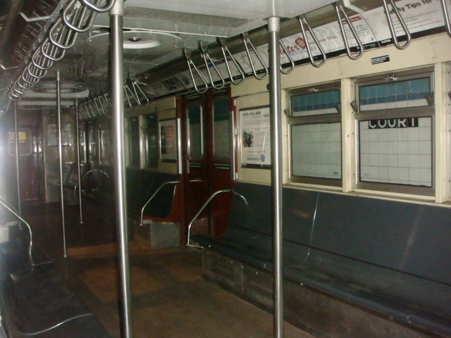 (83k, 640x480)<br><b>Country:</b> United States<br><b>City:</b> New York<br><b>System:</b> New York City Transit<br><b>Location:</b> New York Transit Museum<br><b>Car:</b> R-33 Main Line (St. Louis, 1962-63) 9010 <br><b>Photo by:</b> Danny Molina<br><b>Date:</b> 1/9/2008<br><b>Viewed (this week/total):</b> 1 / 3914