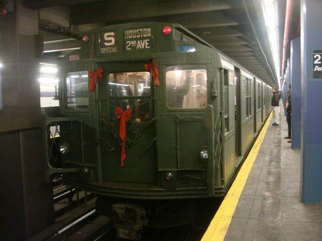 (96k, 640x480)<br><b>Country:</b> United States<br><b>City:</b> New York<br><b>System:</b> New York City Transit<br><b>Line:</b> IND 6th Avenue Line<br><b>Location:</b> 2nd Avenue <br><b>Route:</b> Museum Train Service (V)<br><b>Car:</b> R-9 (Pressed Steel, 1940)  1802 <br><b>Photo by:</b> Danny Molina<br><b>Date:</b> 12/31/2007<br><b>Notes:</b> Nostalgia train service.<br><b>Viewed (this week/total):</b> 1 / 1534