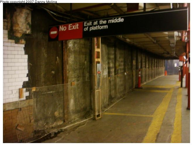 (93k, 660x500)<br><b>Country:</b> United States<br><b>City:</b> New York<br><b>System:</b> New York City Transit<br><b>Line:</b> IRT West Side Line<br><b>Location:</b> 59th Street/Columbus Circle <br><b>Photo by:</b> Danny Molina<br><b>Date:</b> 12/22/2007<br><b>Notes:</b> Station reconstruction.<br><b>Viewed (this week/total):</b> 2 / 2344