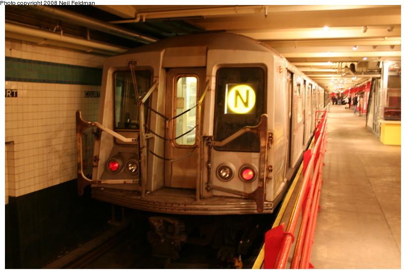 (128k, 820x553)<br><b>Country:</b> United States<br><b>City:</b> New York<br><b>System:</b> New York City Transit<br><b>Location:</b> New York Transit Museum<br><b>Car:</b> R-40 (St. Louis, 1968)  4192 <br><b>Photo by:</b> Neil Feldman<br><b>Date:</b> 12/28/2007<br><b>Viewed (this week/total):</b> 6 / 5671