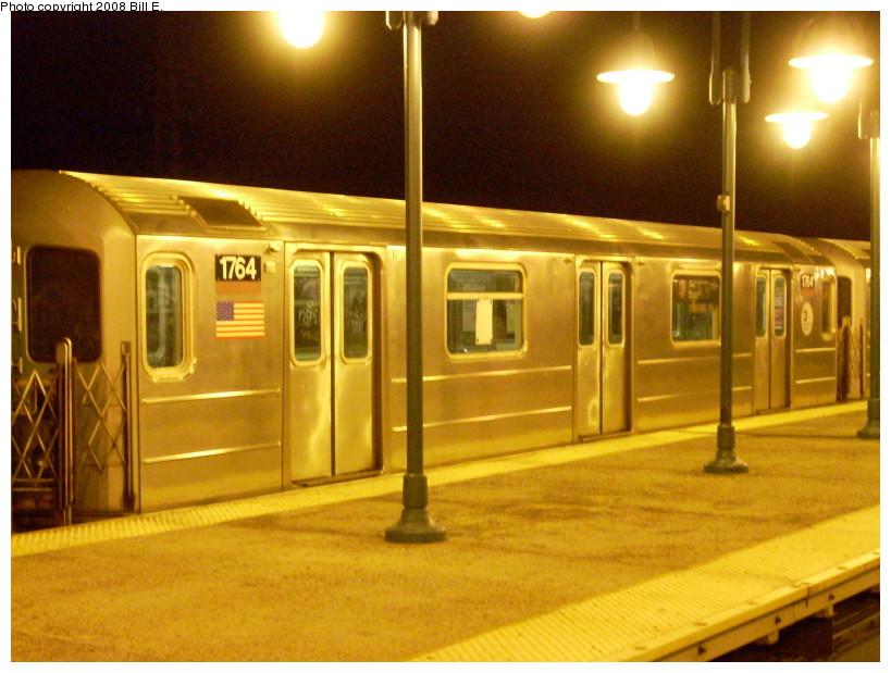 (170k, 819x619)<br><b>Country:</b> United States<br><b>City:</b> New York<br><b>System:</b> New York City Transit<br><b>Line:</b> IRT Flushing Line<br><b>Location:</b> 61st Street/Woodside <br><b>Route:</b> 7<br><b>Car:</b> R-62A (Bombardier, 1984-1987)  1764 <br><b>Photo by:</b> Bill E.<br><b>Date:</b> 1/13/2008<br><b>Viewed (this week/total):</b> 2 / 1899