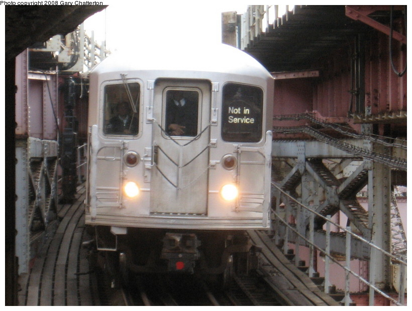 (128k, 820x620)<br><b>Country:</b> United States<br><b>City:</b> New York<br><b>System:</b> New York City Transit<br><b>Line:</b> IRT Flushing Line<br><b>Location:</b> Queensborough Plaza <br><b>Car:</b> R-62A (Bombardier, 1984-1987)  1701 <br><b>Photo by:</b> Gary Chatterton<br><b>Date:</b> 1/10/2008<br><b>Viewed (this week/total):</b> 0 / 2354