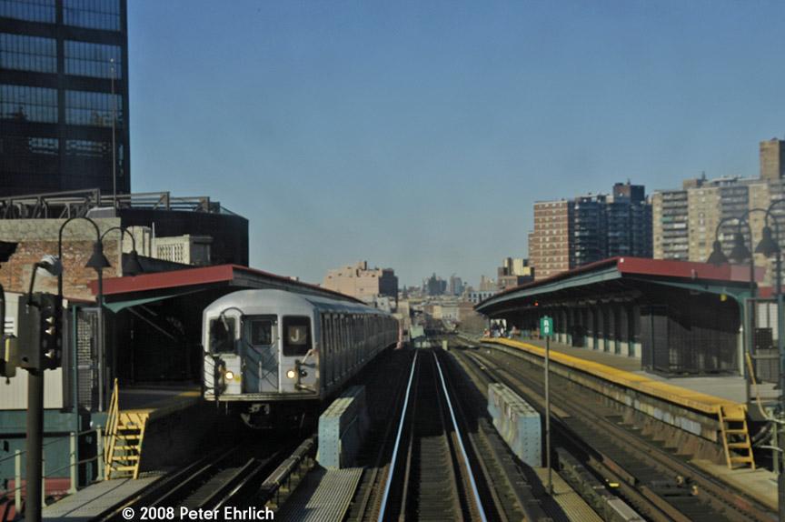 (149k, 864x574)<br><b>Country:</b> United States<br><b>City:</b> New York<br><b>System:</b> New York City Transit<br><b>Line:</b> BMT Nassau Street/Jamaica Line<br><b>Location:</b> Flushing Avenue <br><b>Route:</b> J<br><b>Car:</b> R-42 (St. Louis, 1969-1970)  4650 <br><b>Photo by:</b> Peter Ehrlich<br><b>Date:</b> 1/3/2008<br><b>Notes:</b> Flushing Avenue outbound.<br><b>Viewed (this week/total):</b> 1 / 1876