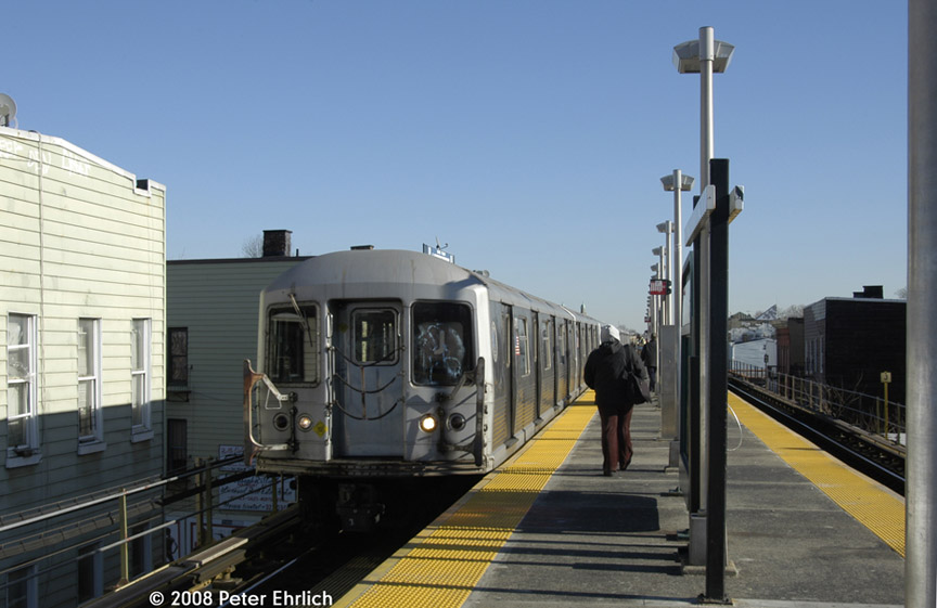 (145k, 864x561)<br><b>Country:</b> United States<br><b>City:</b> New York<br><b>System:</b> New York City Transit<br><b>Line:</b> BMT Nassau Street/Jamaica Line<br><b>Location:</b> Cleveland Street <br><b>Route:</b> J<br><b>Car:</b> R-42 (St. Louis, 1969-1970)  4710 <br><b>Photo by:</b> Peter Ehrlich<br><b>Date:</b> 1/3/2008<br><b>Notes:</b> Cleveland Street inbound.<br><b>Viewed (this week/total):</b> 0 / 1933